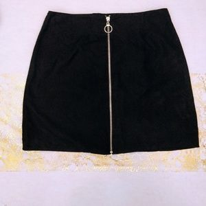 Atmosphere Front Zippered Mini Skirt